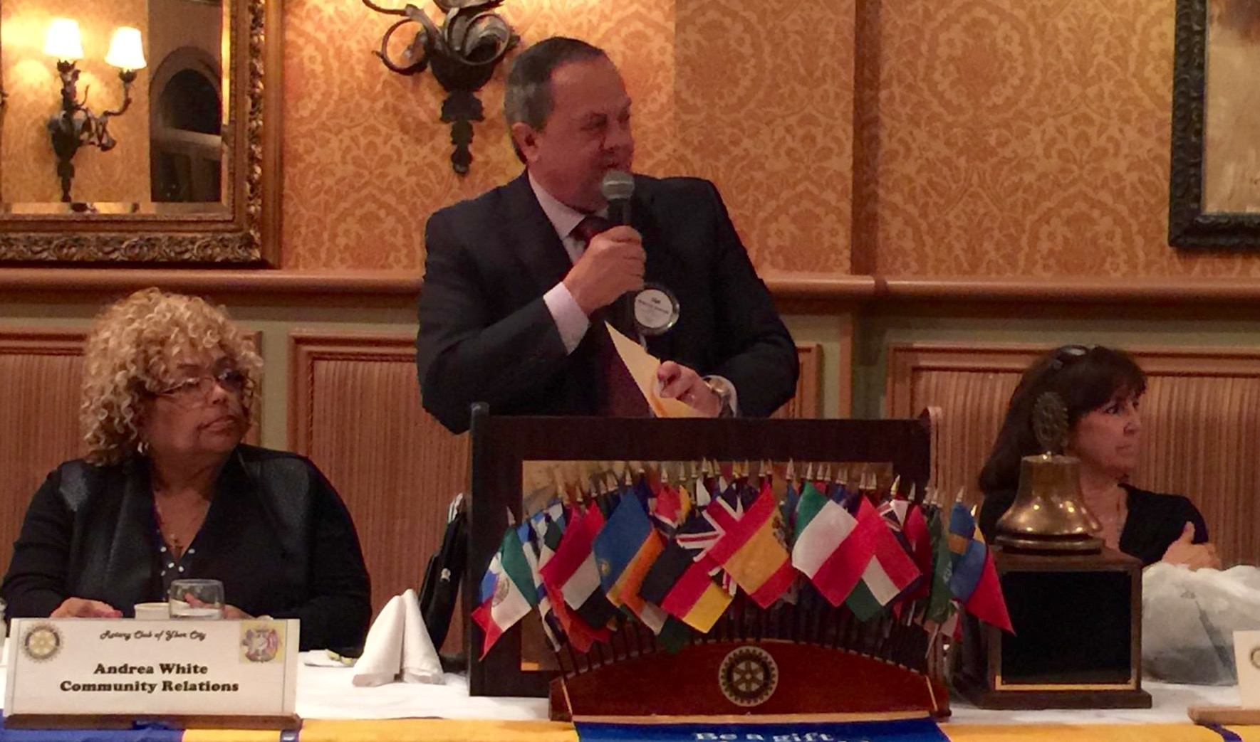 Tampa Lawyer Tom Scarritt Heads Tampa Ybor Rotary High School Speech Contest